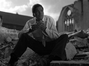 In praise of Earl Cameron in classic British noir Pool of London - image