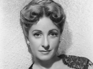 Danielle Darrieux obituary: from pre-war modernity to the epitome of Parisian chic - image