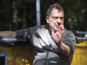 Stephen Frears to receive BFI Fellowship at the 58th BFI London Film Festival - image