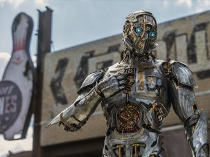 Transformers: The Last Knight review – a dumbed-down daftfest