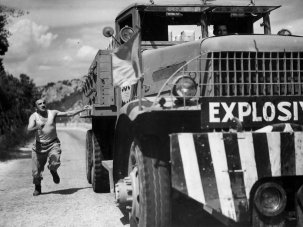 10 great dangerous journey films