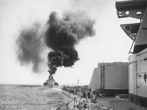 10 great battleship and war-at-sea films - image
