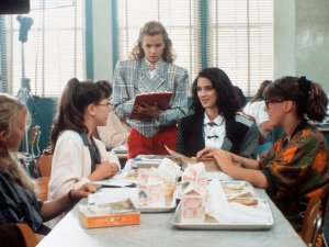Seven things we love about Heathers - image