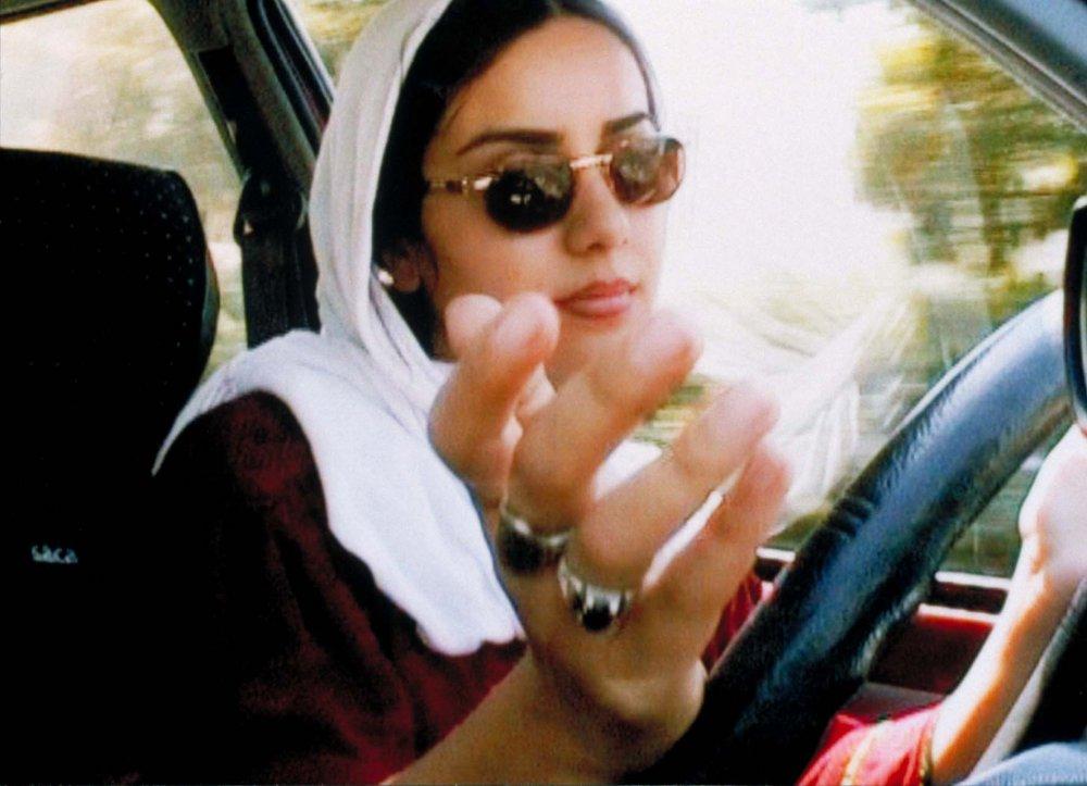 10 (2002)