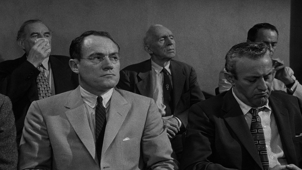 2. It's a deft but effective piece of democratic filmmaking, blending in leading man (and producer) Henry Fonda and powerhouse star Lee J. Cobb among a group of little-known television and stage actors, some of whom (Martin Balsam, Jack Warden) would go on to great acclaim.