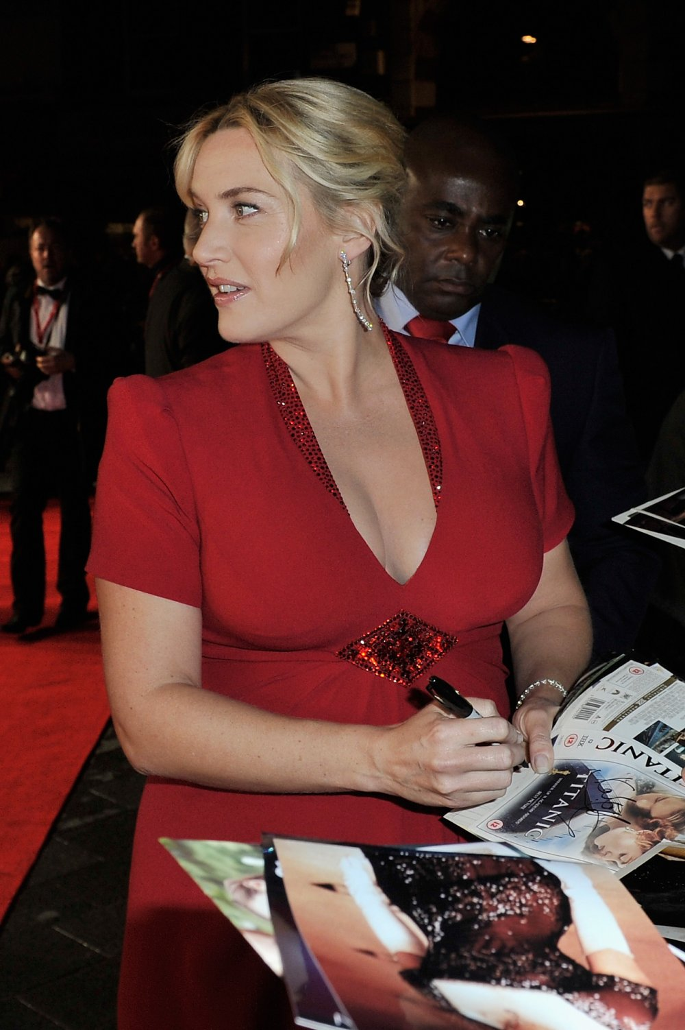 Kate Winslet attends a screening of Labor Day (2013) during the 57th BFI London Film Festival at Odeon Leicester Square.