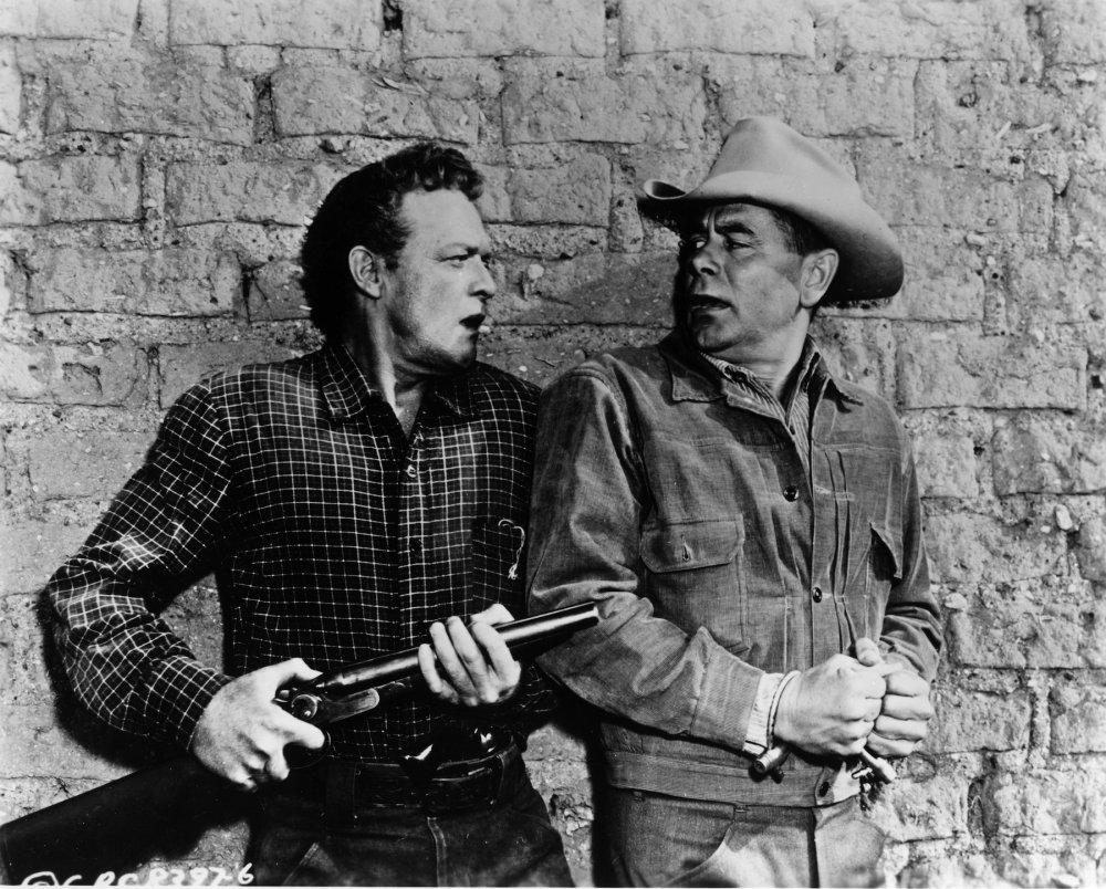 Van Heflin and Glenn Ford in 3:10 to Yuma (1957)