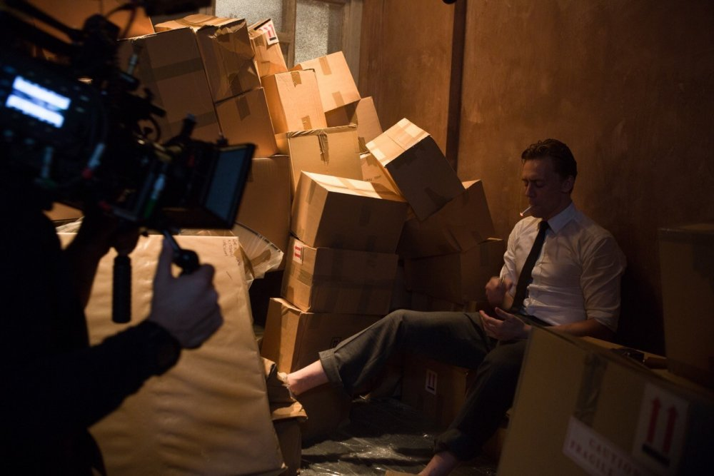 Tom Hiddleston on set, in his role as Dr Laing