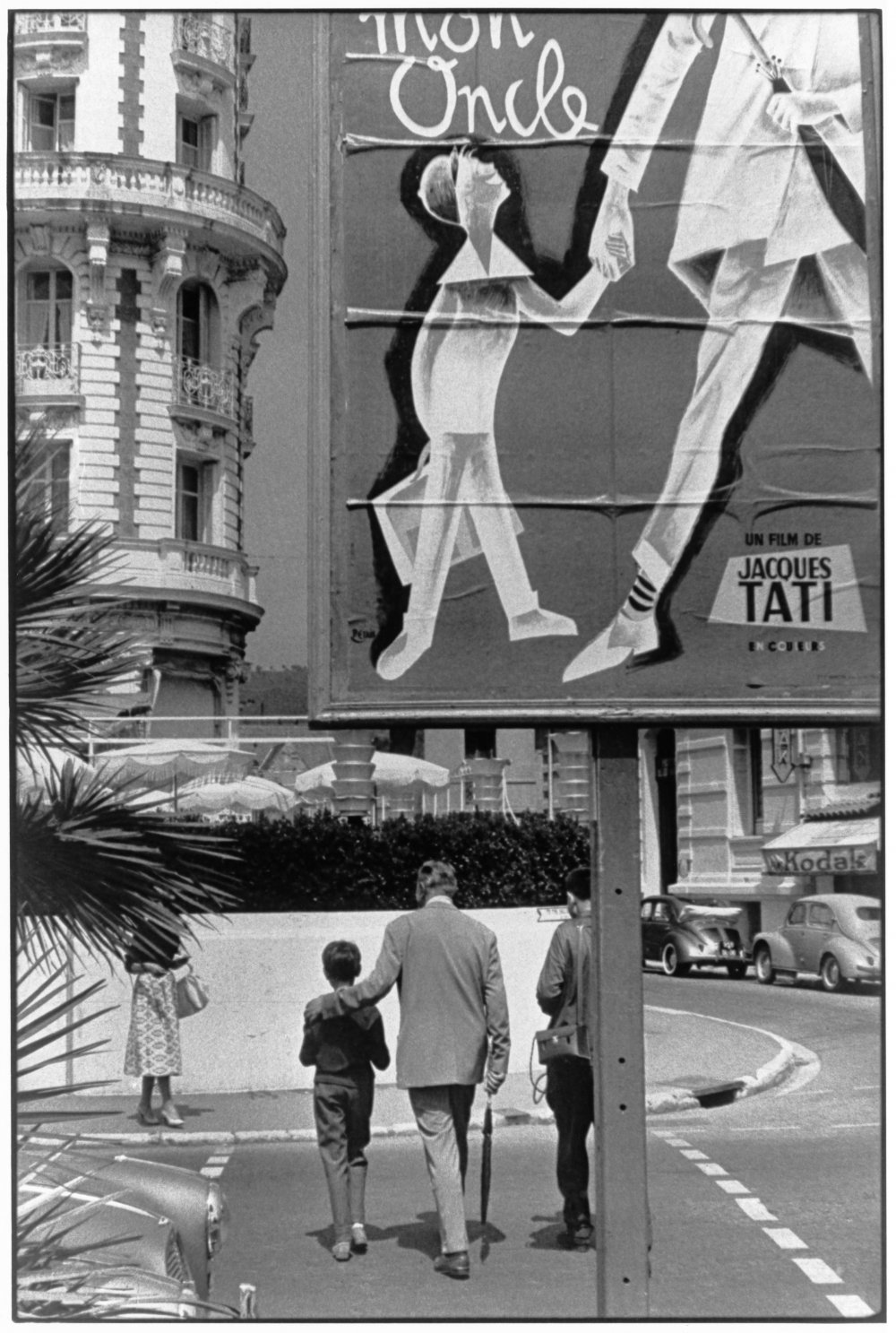 In 1958, both Henri Cartier-Bresson and Jacques Tati came to Cannes for the 11th Cannes Film Festival. The meeting of the two resulted in this wonderful image celebrating Tati's film Mon Oncle.