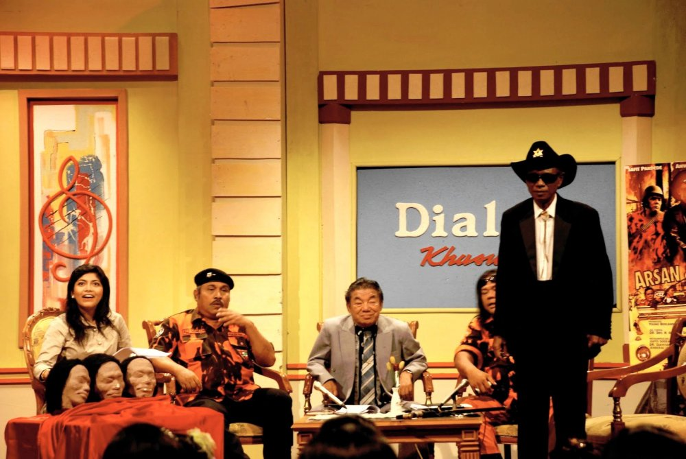 Anwar Congo on an Indonesian TV chat show in Joshua Oppenheimer's The Act of Killing (2012)