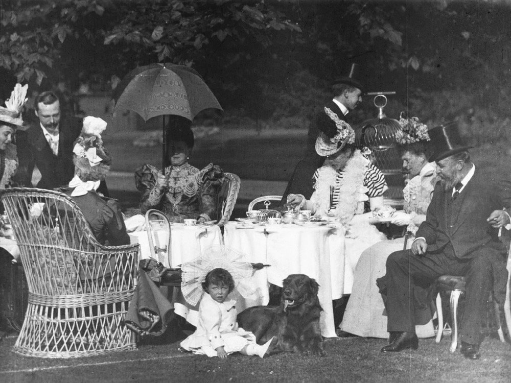 Afternoon Tea at Clarence House (1897)