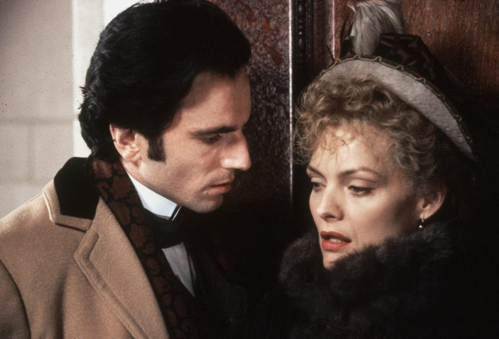 Daniel Day-Lewis and Michelle Pfeiffer in The Age of Innocence (1993)