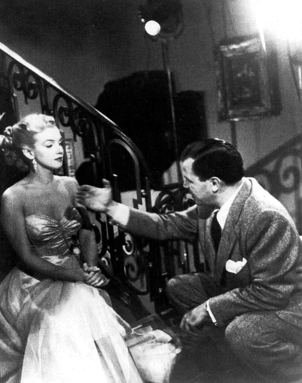 Monroe with Joseph L. Mankiewicz filming All about Eve (1950)