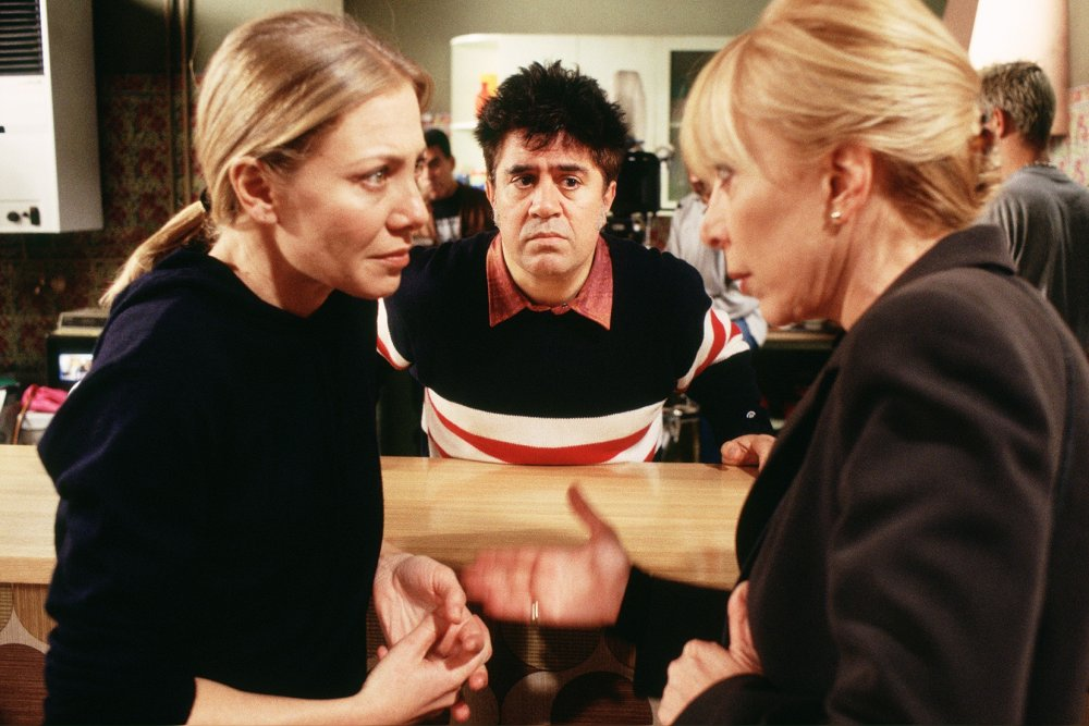 Pedro Almodóvar filming All about My Mother (1999)