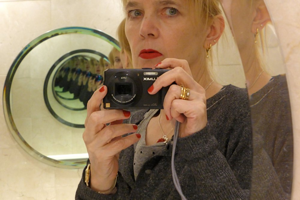 Film critic, novelist and photographer Anne Billson