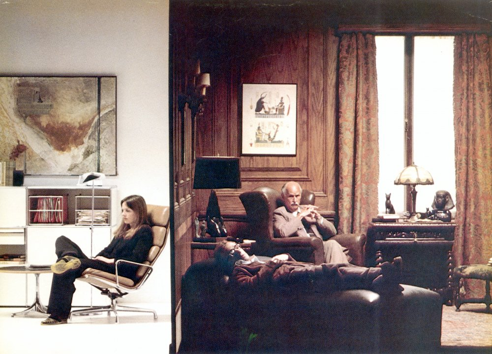 In this scene of Annie Hall, split screen is used to compare two comically contrasting visits to their respective analysts by Alvy and his eponymous girlfriend (Diane Keaton)