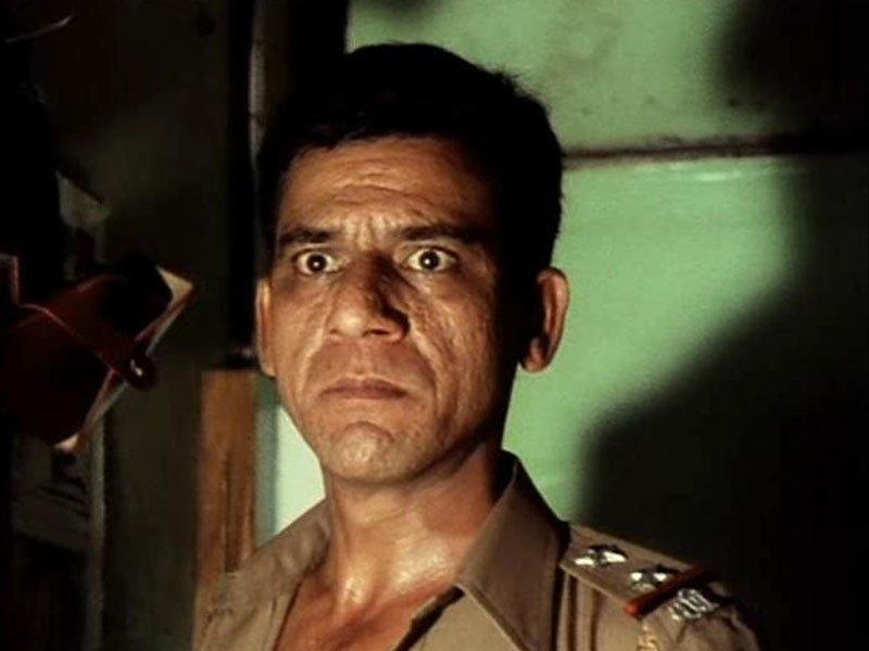 Om Puri as Anant Welankar in Ardh Satya (1982)