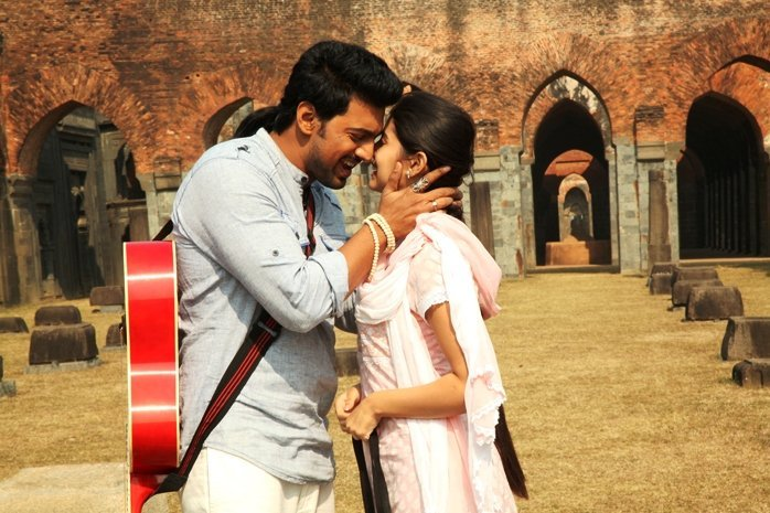 Arshinagar (Mirror-ville, 2015), a Bengali version of Romeo and Juliet in which politicians exploit religious divisions