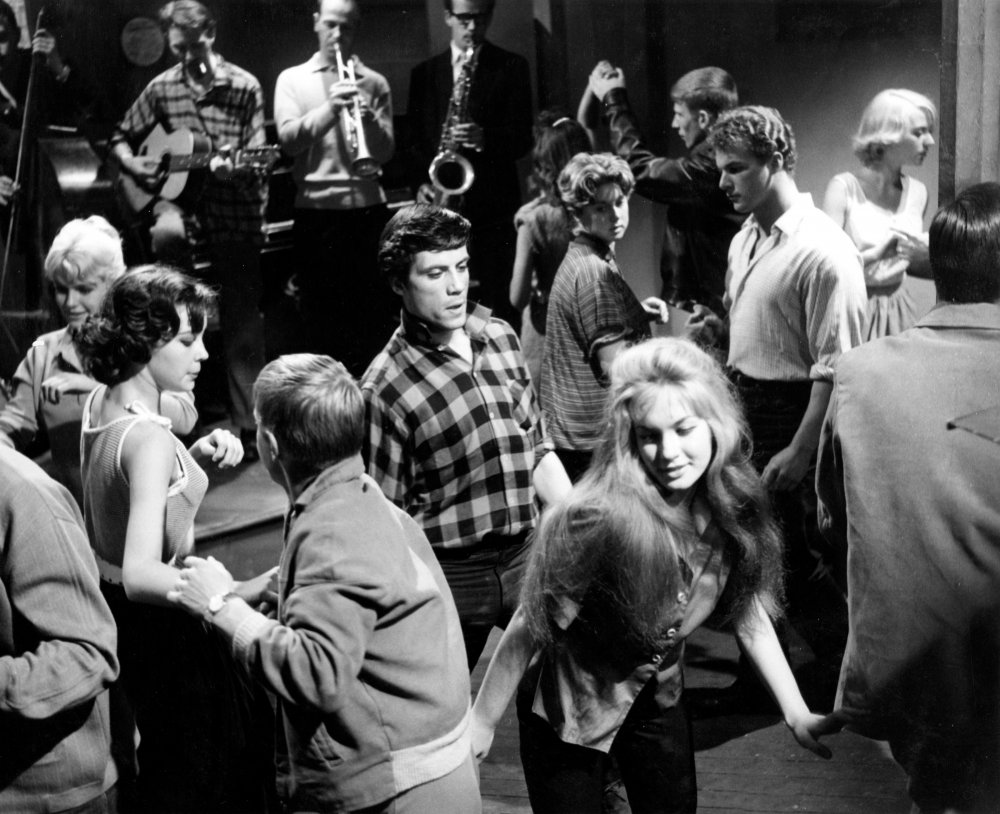 Oliver Reed in Beat Girl