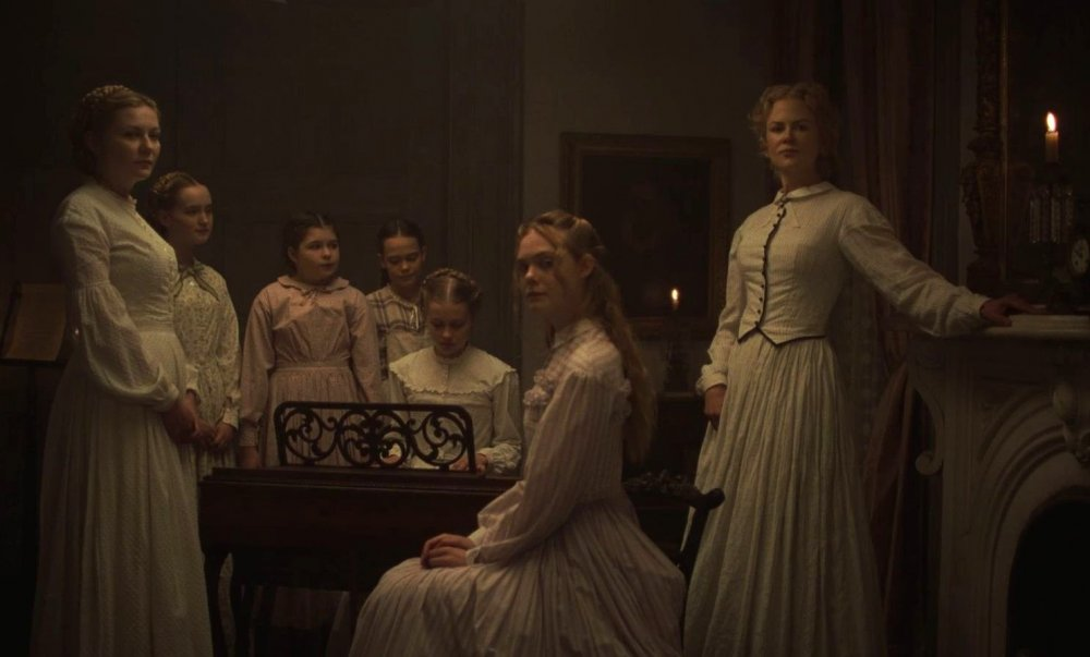 Kirsten Dunst, Elle Fanning, Nicole Kidman and more in The Beguiled (2017)