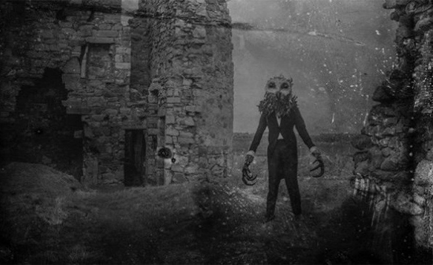 The Owlman circles in Lawrie Brewster's The Black Gloves, an old-dark-house noir that's 'self-consciously old-fashioned in form but not at all so in its gender politics'