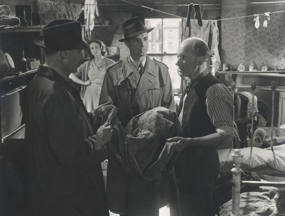The Blue Lamp (1949)
