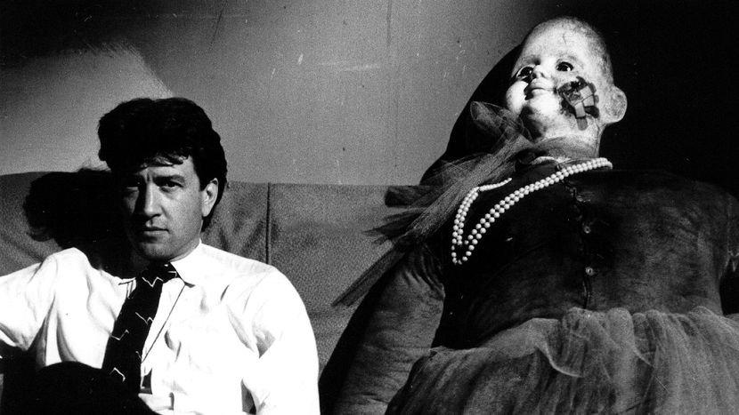 David Lynch on the set of Blue Velvet