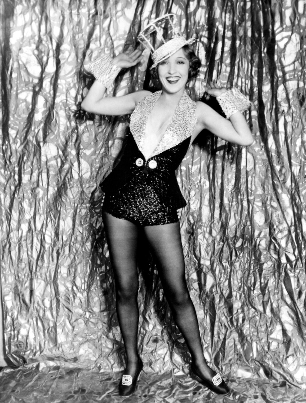 Sequinned dance ensemble designed by David Cox for Bessie Love as Hank Mahoney in The Broadway Melody (1929)