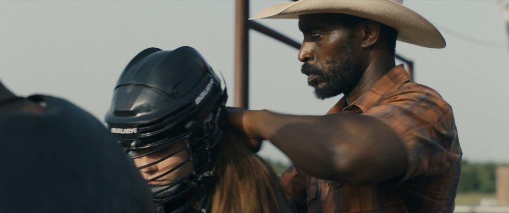 Amber Havard as Kris and Rob Morgan as Abe in Bull
