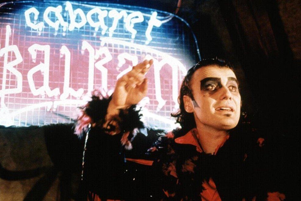 Cabaret Balkan (1998)