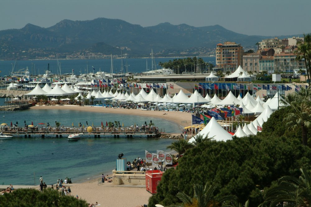 International Village, Cannes