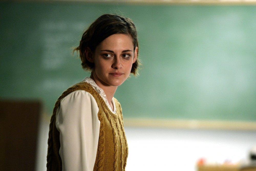 Kristen Stewart as rookie lawyer Beth