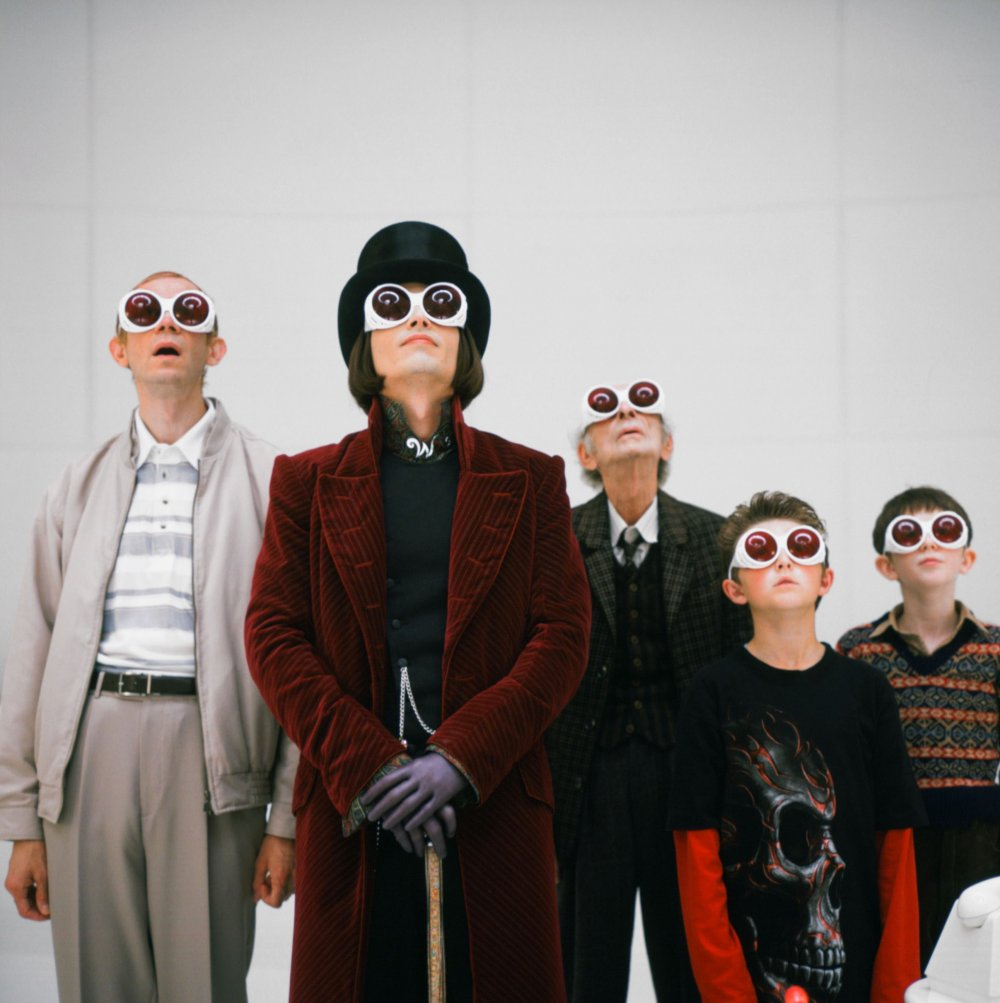 Willy Wonka (Johnny Depp) and co in Charlie and the Chocolate Factory (2005)