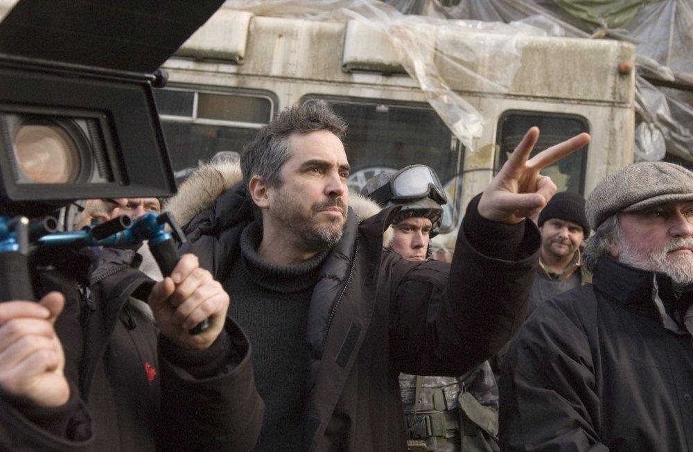 Alfonso Cuarón directing Children of Men (2006)