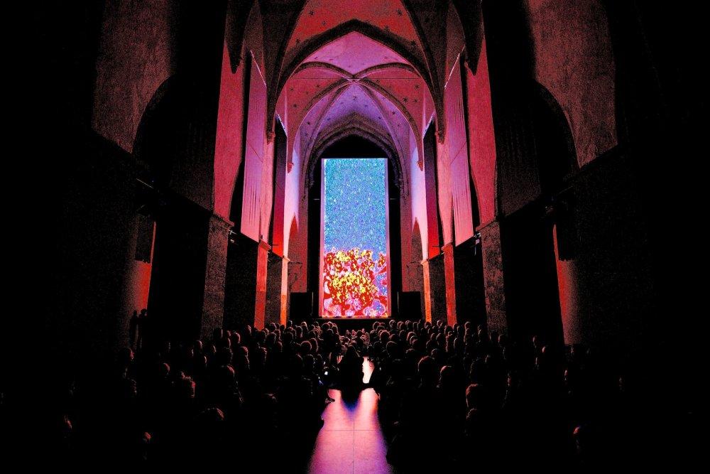 Esther Urius's Vertical Cinema short Chrome, screened in the Arminius church, Rotterdam