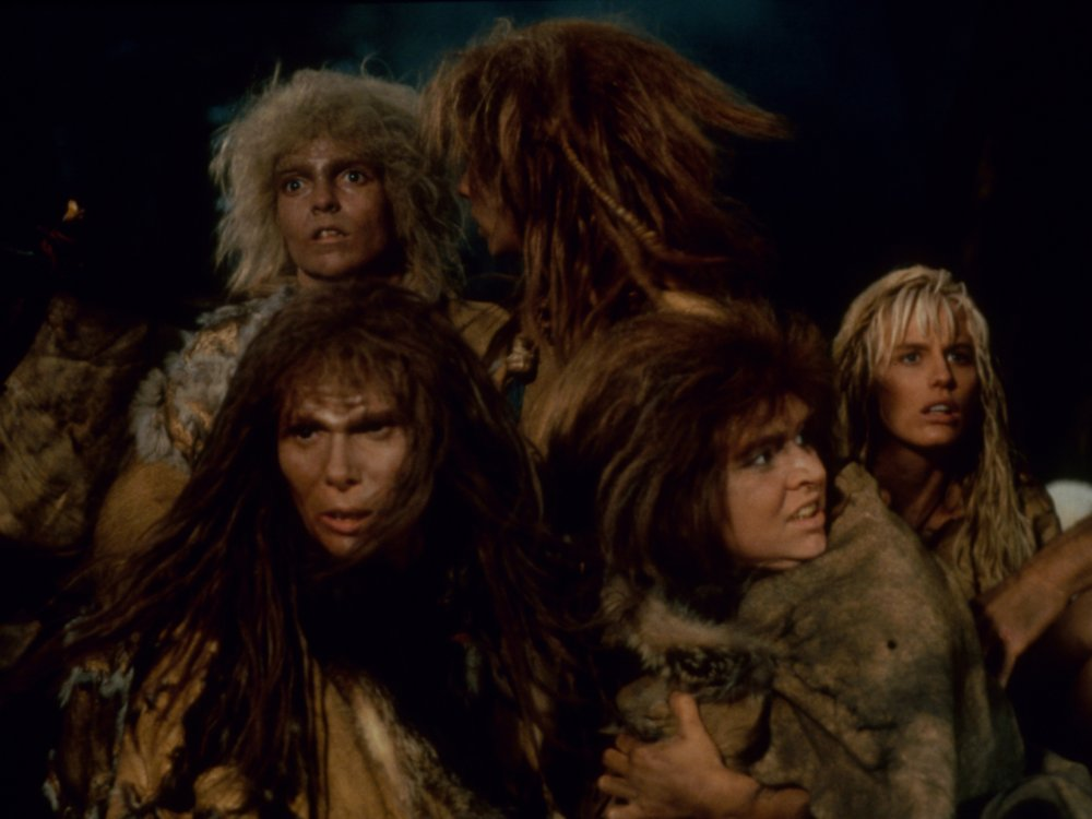 Clan of the Cave Bear (1986)