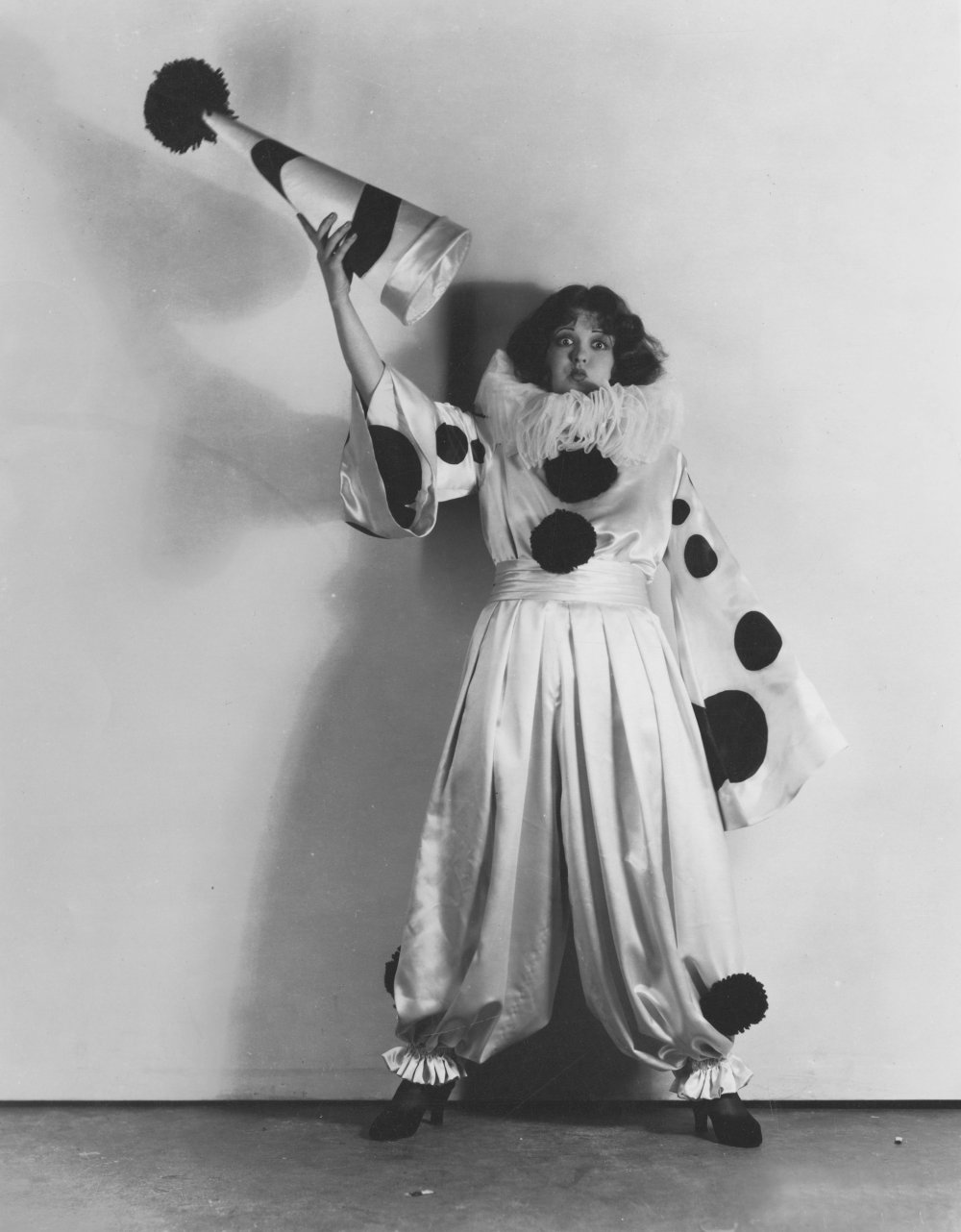 Clara Bow, American-born film actress. Photographed for Dangerous Curves (1929) by George Hommel.