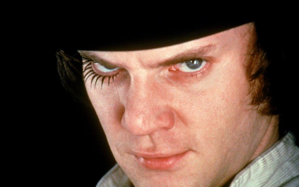 https://www2.bfi.org.uk/sites/bfi.org.uk/files/styles/full/public/image/clockwork-orange-a-1971-029-malcolm-mcdowell-closeup-eyelashes.jpg?itok=KGNxTMRL