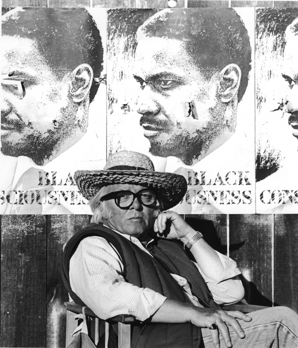 Richard Attenborough on the set of Cry Freedom (1988)