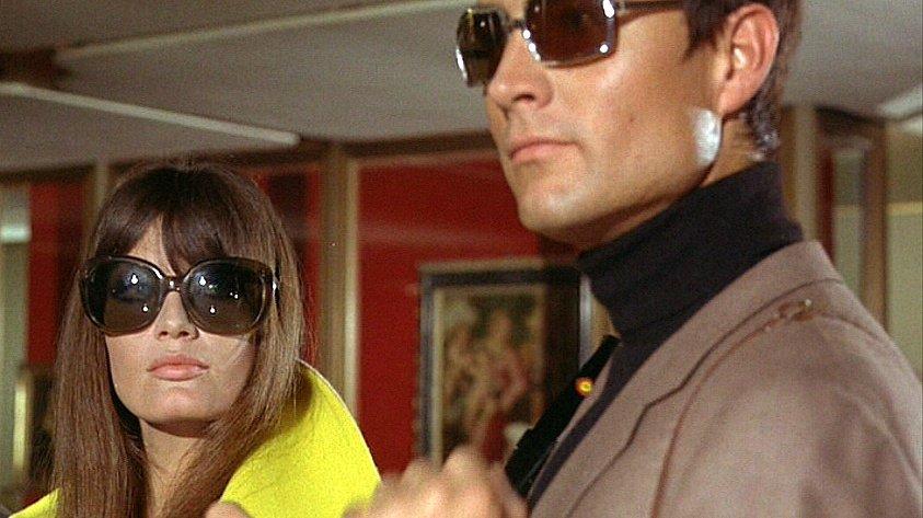 Eva Kant (Marisa Mell) and Diabolik (John Phillip Law) in Danger: Diabolik (1968)