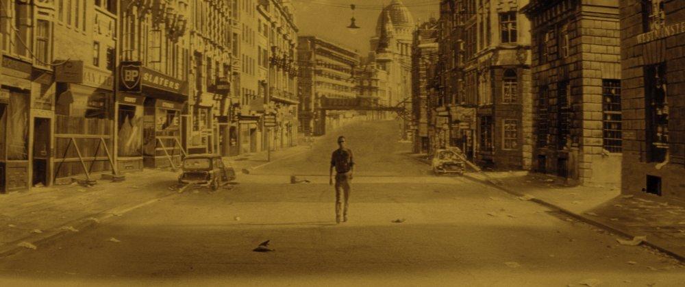 A deserted Fleet Street