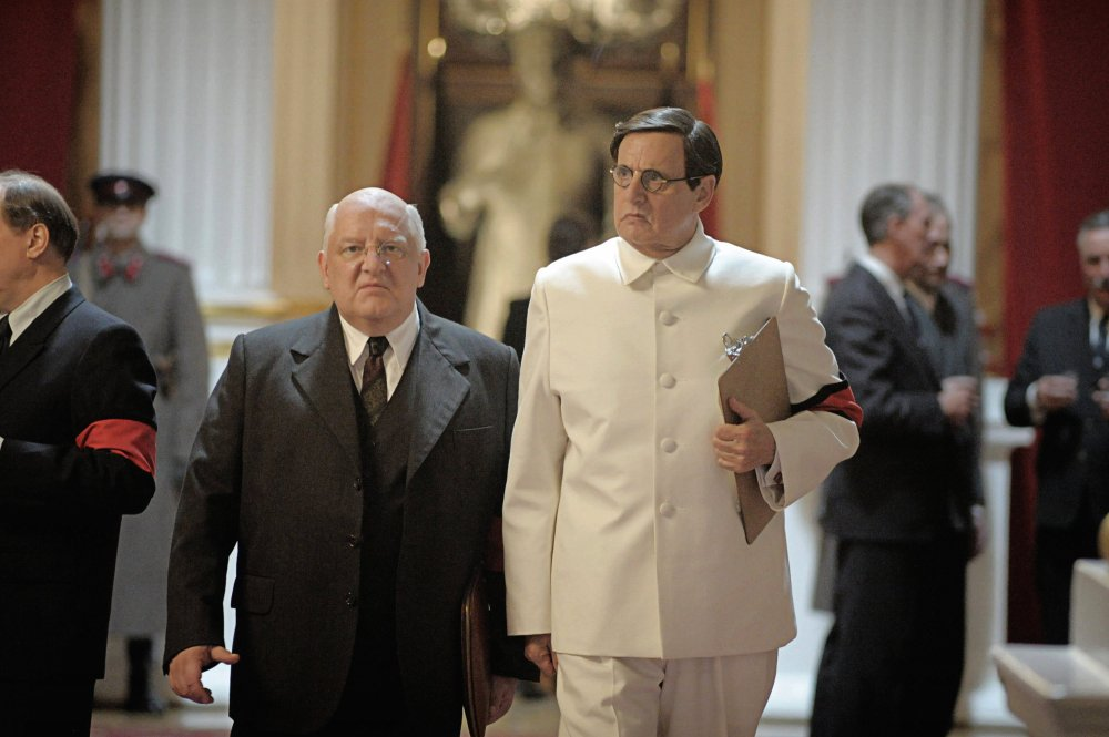 Simon Russell Beale as Lavrenti Beria with Jeffrey Tambor