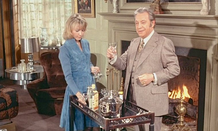 The Discreet Charm of the Bourgeoisie (1972): A classic cone-shaped glass is best
