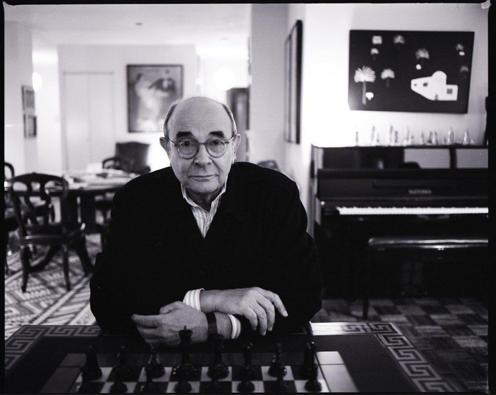 Stanley Donen in his New York apartment in 2002