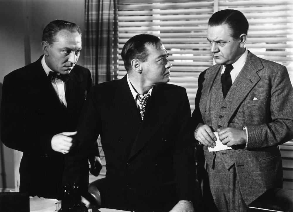 Annakin was frustrated by Peter Lorre's constant upstaging of William Hartnell in the crime drama, Double Confession (1950)