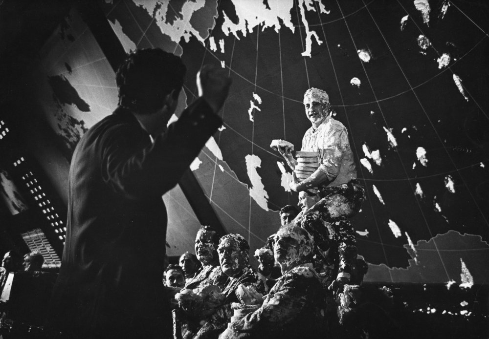 Deleted Custard Pie scene from Dr Strangelove