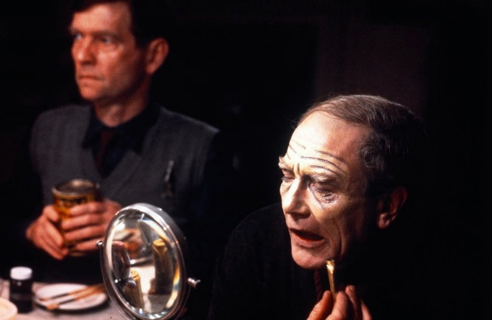 With Tom Courtenay in The Dresser (1983)