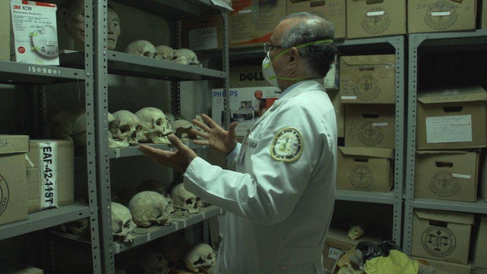 El Cuarto de Huesos (The Room of Bones, 2014)