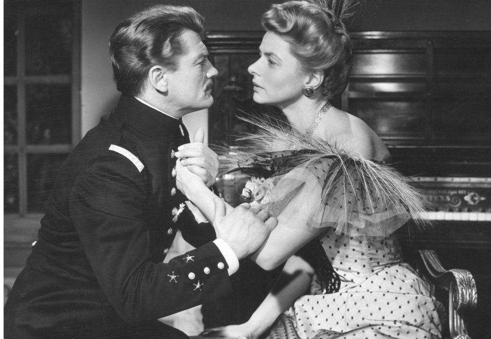Elena and Her Men (1956): Bergman with Jean Marais