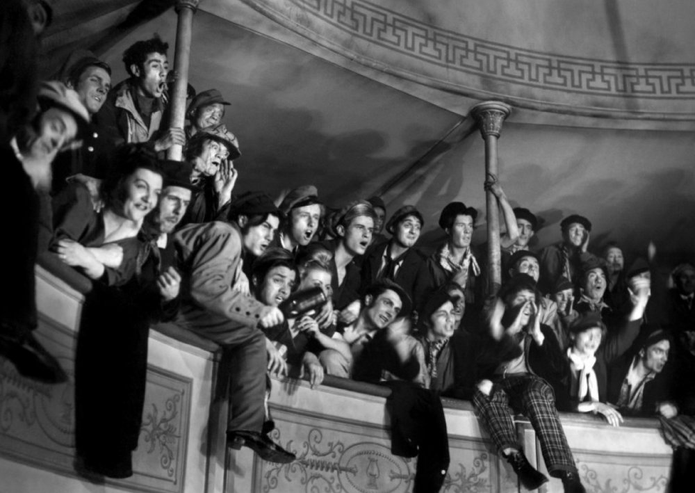 The eponymous 'children of paradise' – the baying crowds of the theatre's upper balconies